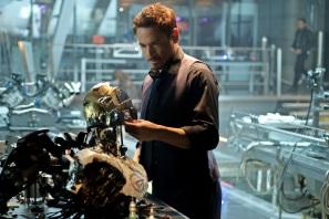 avengers-age-ultron-tony-stark-lab