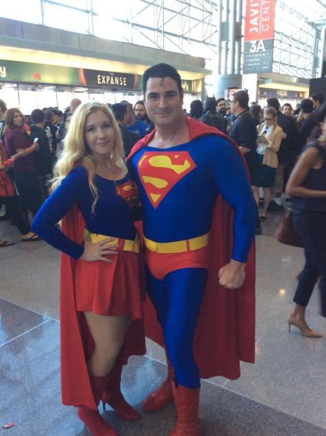 nycc-2016-supergirl-superman