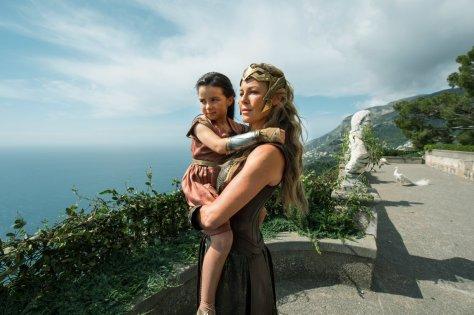 Wonder Woman Hippolyta and Diana